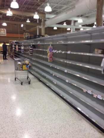 Bread-aisle-of-a-Kroger-in-the-Atlanta-area-425x566